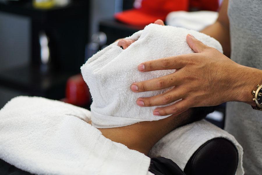 Artistry of Fades Studio Hot Towel Shave Service